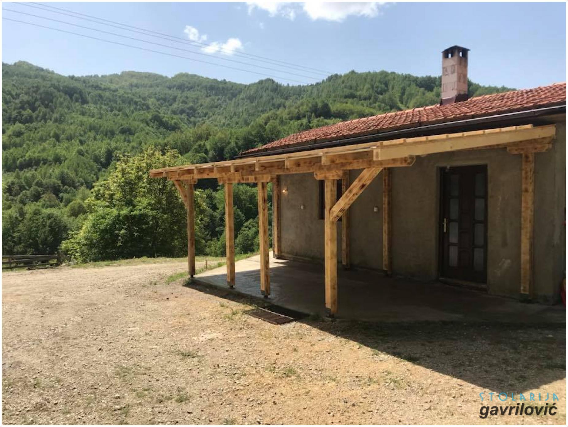 Drvena nadstrešnica 05 - stolarija Gavrilović